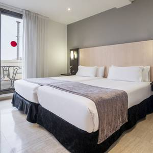 Quarto Junior Suite Hotel Ilunion Almirante Barcelona